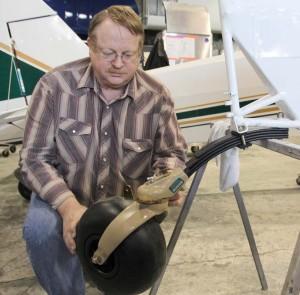 Baby Bush Wheel mounted | Alaskafoto - Alaska aircraft photography & portraits, portrait photographers