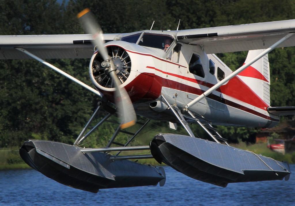 Alaska aircraft, floatplanes - Top environmental portrait & aircraft portraits l Alaskafoto - Alaska photography