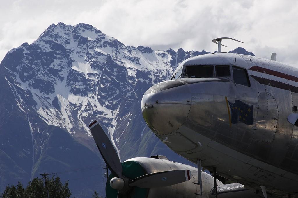 Beautiful Aircraft Portraits   Alaskafoto   Airplane photography, Alaska air cargo