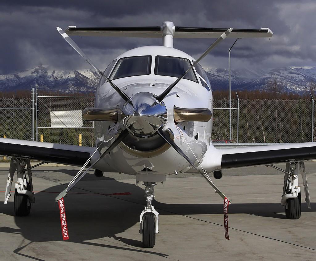 Alaska Aviation Picture   Alaskafoto   airplane photographer by Rob Stapleton