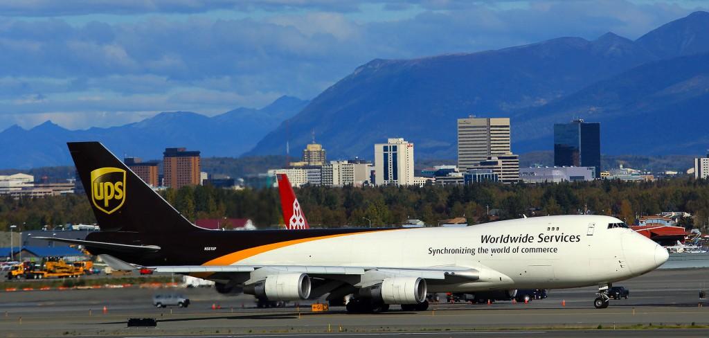 747 taxing at PANC - Aircraft photography   Alaskafoto - Alaska photography & Alaska air cargo