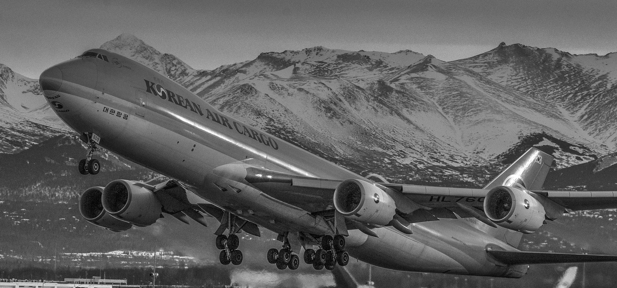 Alaska Air Cargo photography  Alaskafoto- Aircraft portraits & Aircraft photography of Alaska