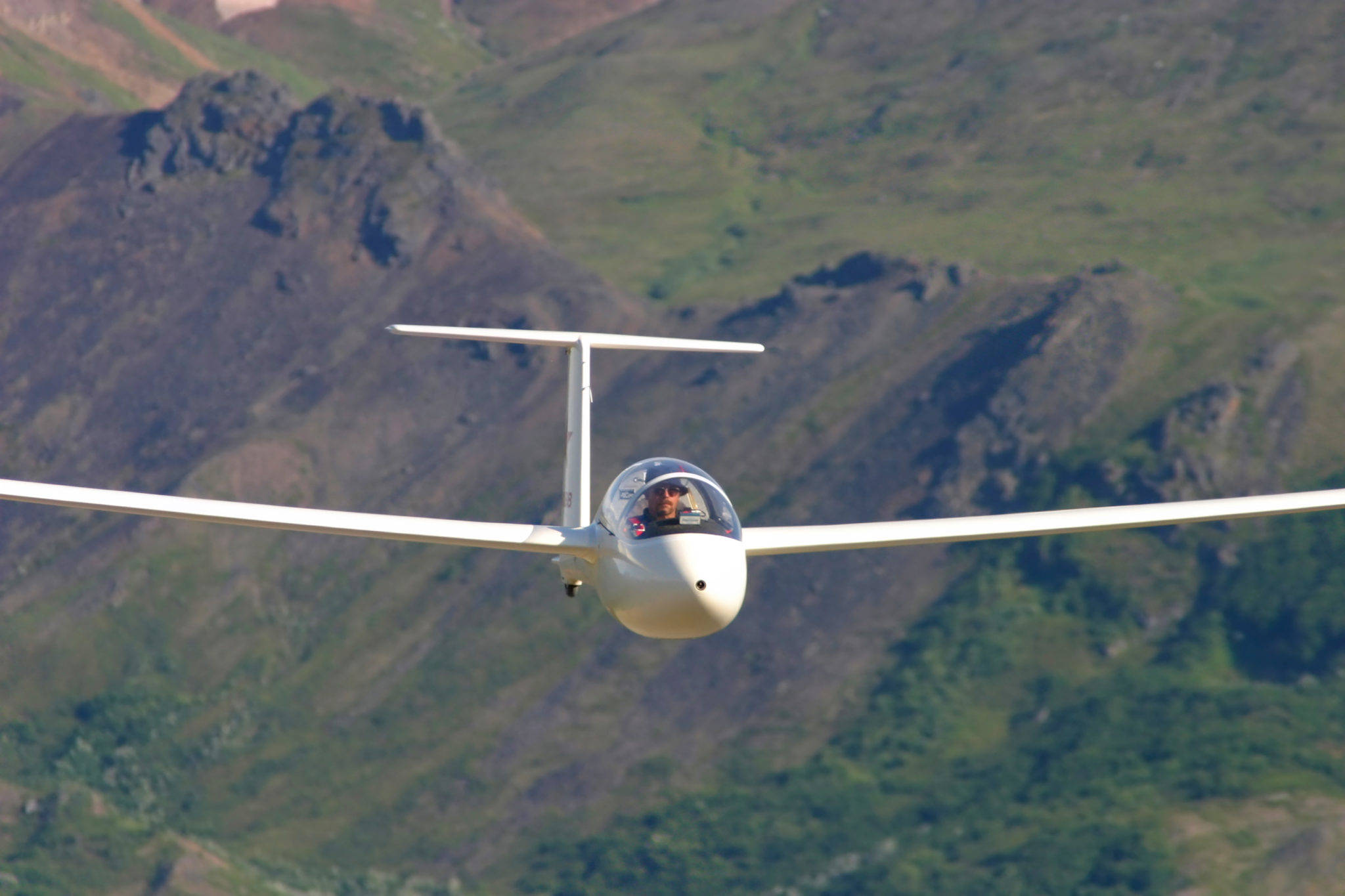 Glider flying in Alaska