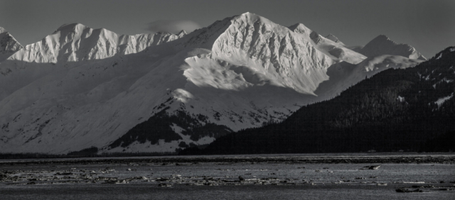 The mountains and peaks around the Turnagain Arm - Alaska photography   Alaskafoto