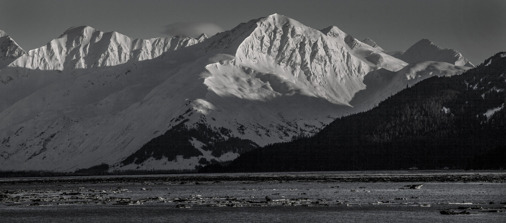 The mountains and peaks around the Turnagain Arm - Alaska photography | Alaskafoto