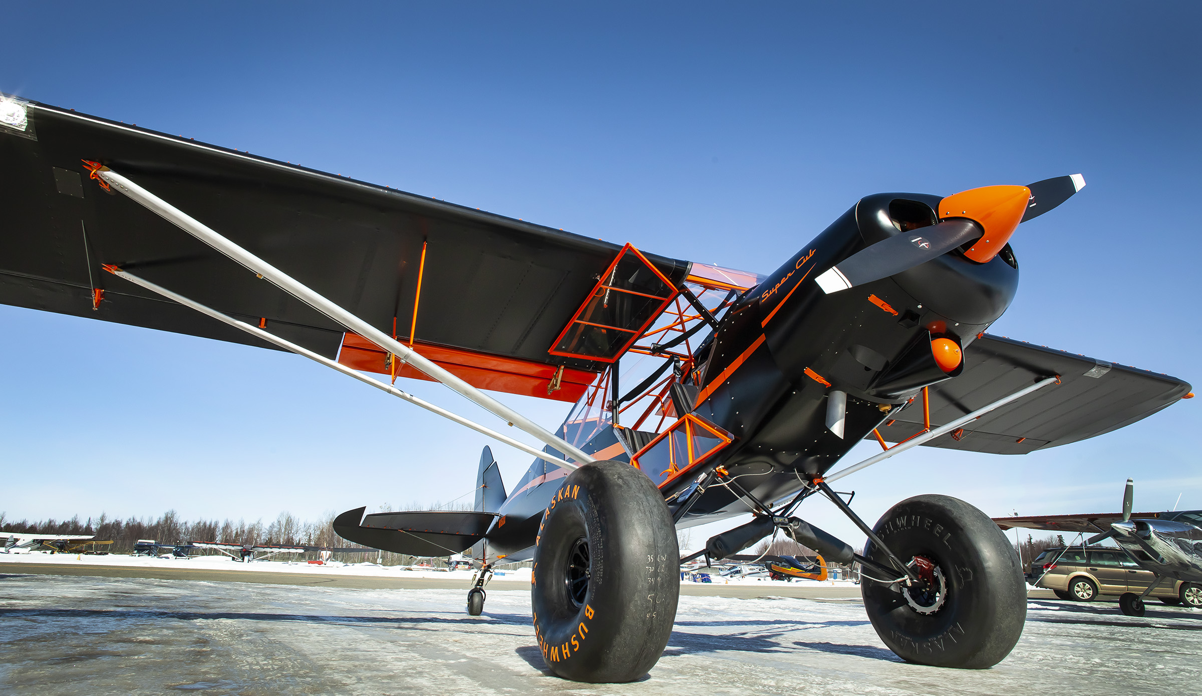 Super Cub with Alaskan Bushwheels low angle image